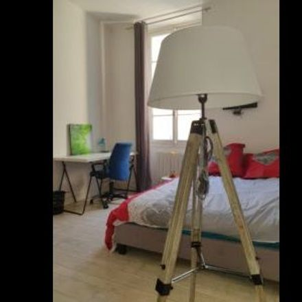 Rent this 1 bed room on Nice in PROVENCE-ALPES-CÔTE D'AZUR, FR