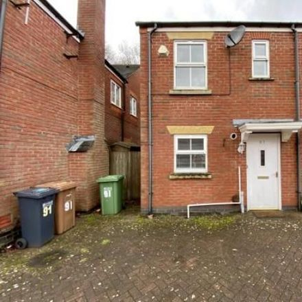 Rent this 2 bed house on Dickens Heath B90