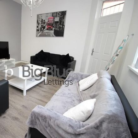 Rent this 5 bed house on John Street in Leeds LS6 1JE, United Kingdom