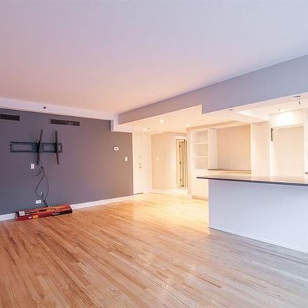 Rent this 1 bed apartment on Plaza Drummond in 3435 Rue Drummond, Montreal