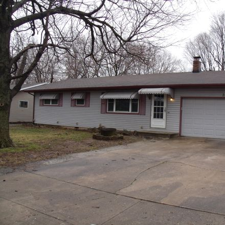 Rent this 3 bed house on 2238 North Drury Avenue in Springfield, MO 65803