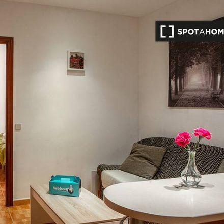 Rent this 2 bed apartment on Restaurante Indio in Paseo de Santa María de la Cabeza, 28001 Madrid