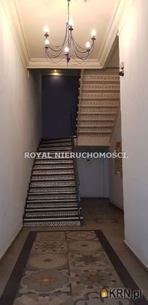 Rent this 3 bed apartment on Lew Śpiący in Rynek, 51-902 Bytom