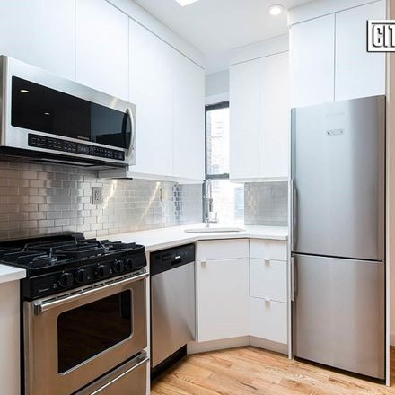 Rent this 3 bed condo on 300 10th Street in New York, NY 11215