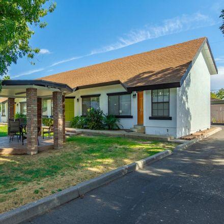 Rent this 1 bed loft on 2215 West Augusta Avenue in Phoenix, AZ 85021