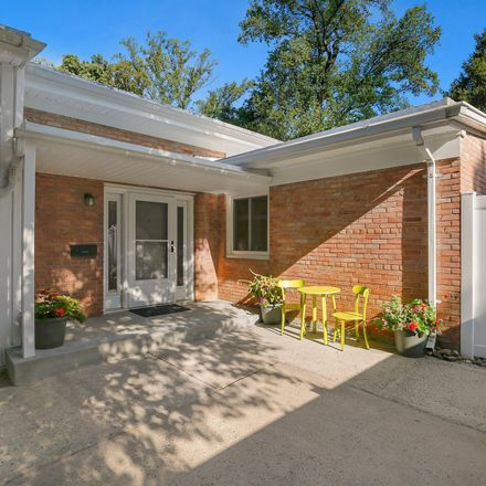 Rent this 4 bed house on 5515 Huntington Parkway in Glenwood, Bethesda