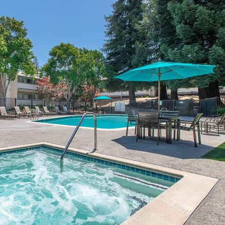 Rent this 3 bed apartment on Harper Court in Lafayette, CA 94549