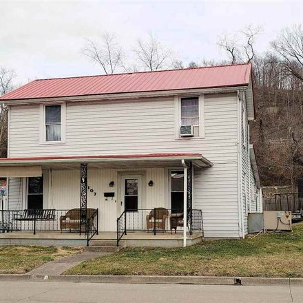 Rent this 3 bed house on South 12th Street in Ironton, OH 45638