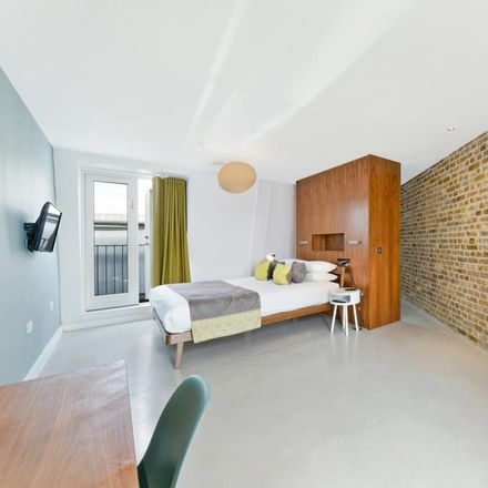 Rent this 2 bed apartment on Roman Southwark in Maidstone Buildings Mews, London SE1 1LL