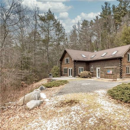Rent this 3 bed house on Stillwater Pond in Brass Mill Dam Road, Torrington