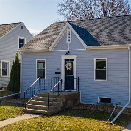 Rent this 3 bed house on McKinley St in Neenah, WI