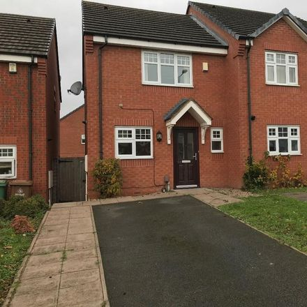 Rent this 2 bed house on Willenhall Street in Walsall WS10 8HU, United Kingdom