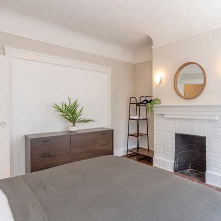 Rent this 1 bed room on 1350 Minna Street in San Francisco, CA 94103
