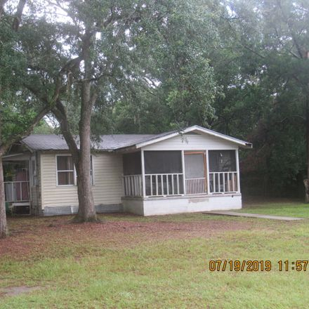 Rent this 2 bed house on 1565 Government Street in Ponce de Leon, FL 32455