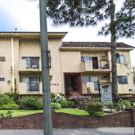 Rent this 1 bed apartment on 3702 Jasmine Avenue in Los Angeles, CA 90034