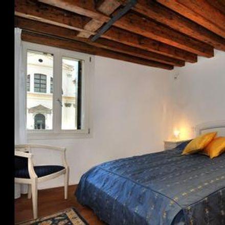 Rent this 2 bed apartment on Venice in Dorsoduro, VENETO