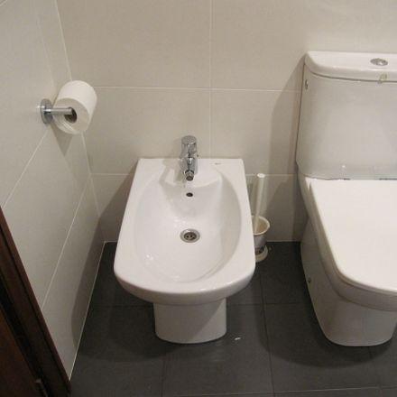 Rent this 1 bed room on El Corte Inglés in calle Castellar, 1 Alacant