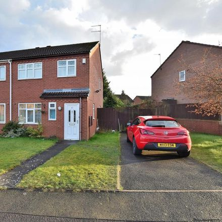 Rent this 3 bed house on Daisy Walk in Wolverhampton WV9 5RH, United Kingdom
