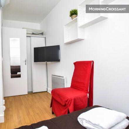 Rent this 1 bed apartment on Paris in Quartier des Grandes-Carrières, ÎLE-DE-FRANCE