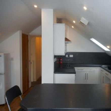 Rent this 5 bed apartment on Cardiff CF
