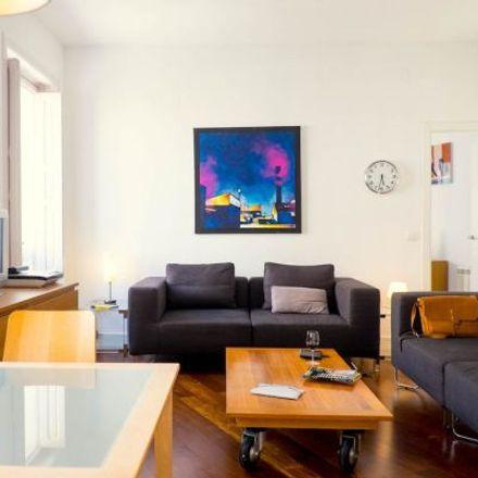 Rent this 3 bed apartment on Le Petit Prince in Calle de Fernán González, 7
