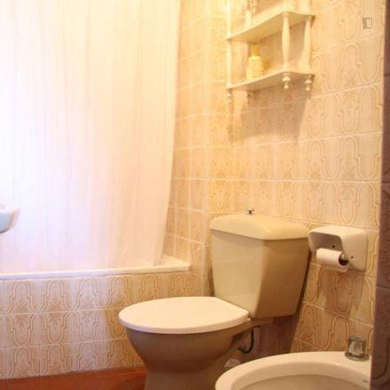 Rent this 4 bed room on Carrer de l'Explorador Andrés in 31, 46022 Valencia