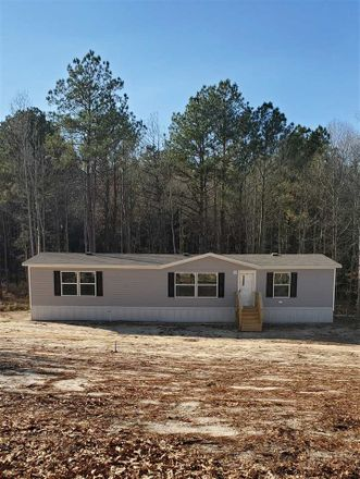 Rent this 3 bed house on Ridge Rd in Kilgore, TX