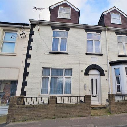 Rent this 1 bed apartment on Rose Garden in 88-90 Canterbury Street, Gillingham ME7 5UF