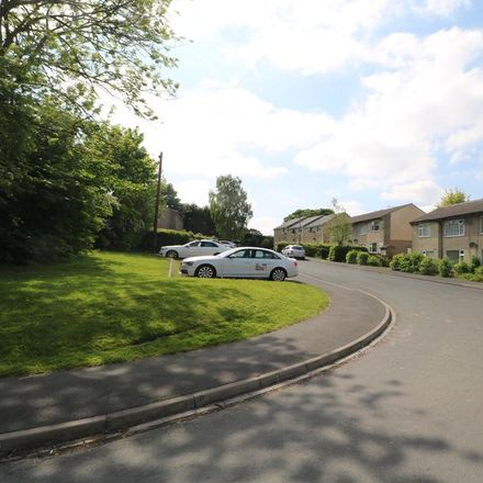 Rent this 2 bed apartment on Pasture Walk in Bradford BD14 6JS, United Kingdom