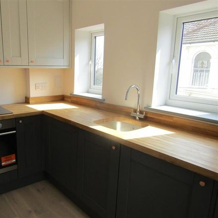 Rent this 2 bed apartment on Upper Maze Hill in Hastings TN38 0LA, United Kingdom