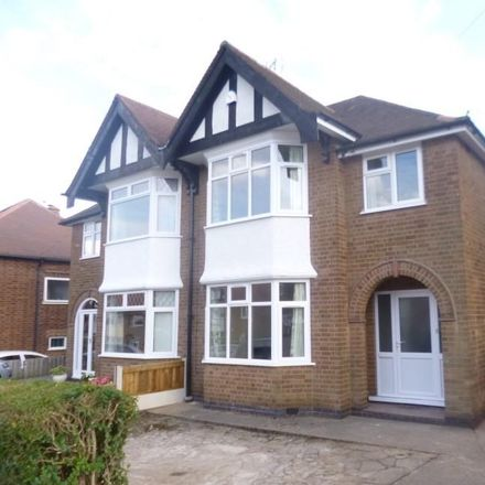 Rent this 3 bed house on 76 Farm Road in Broxtowe NG9 5DA, United Kingdom