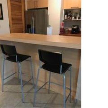 Rent this 3 bed condo on PR 00926