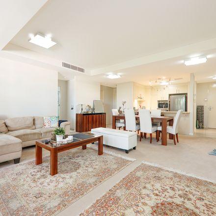 Rent this 2 bed apartment on Killara