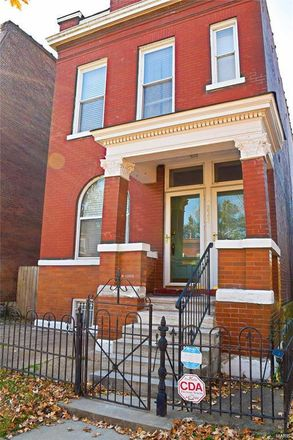 Rent this 3 bed house on 3825 Wisconsin Avenue in St. Louis, MO 63118
