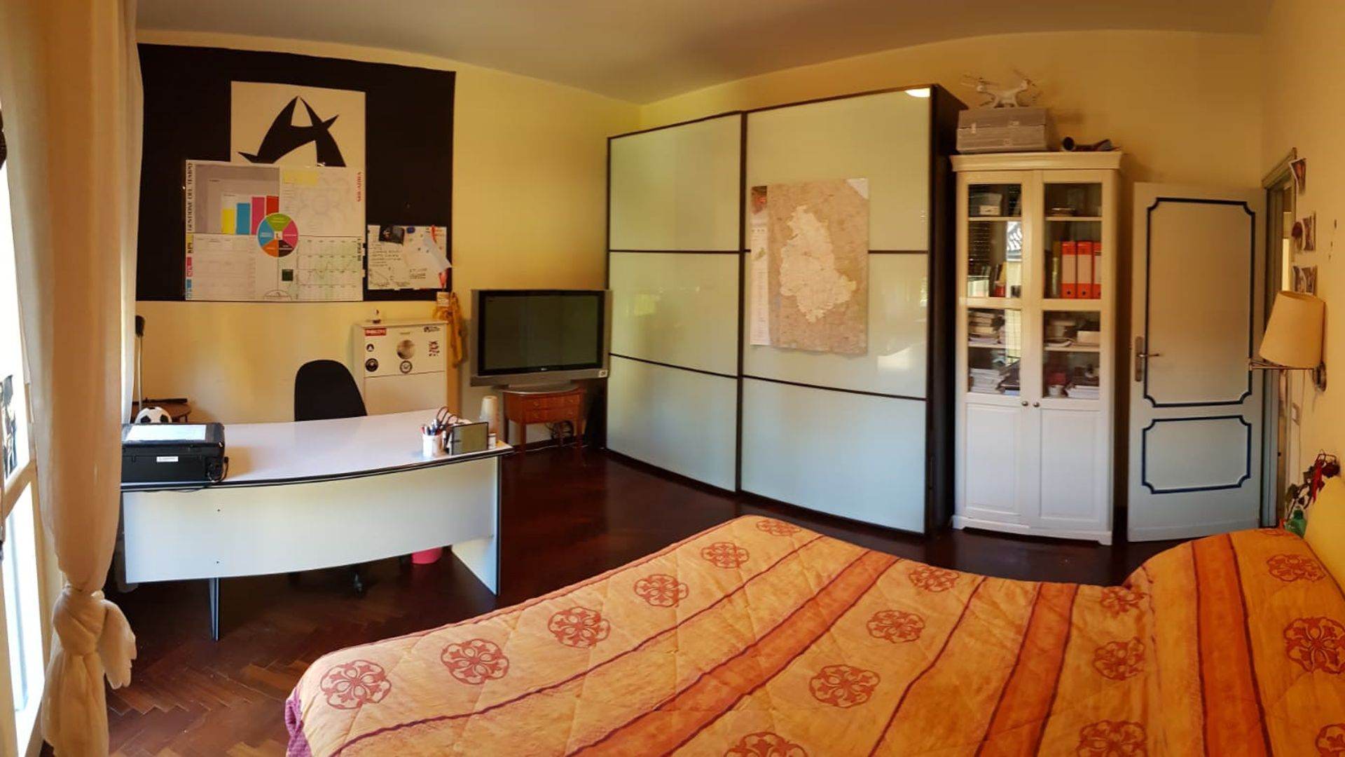 Room In 3 Bed Apt At 06124 Perugia Pg Italy For Rent