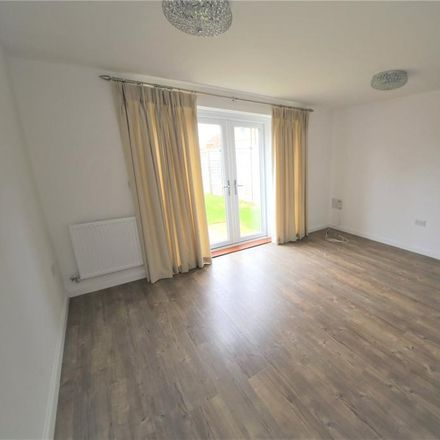 Rent this 2 bed house on Queenwood Road in Stanford-le-Hope SS17 0FF, United Kingdom