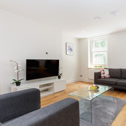 Rent this 2 bed apartment on London W1T 4QE
