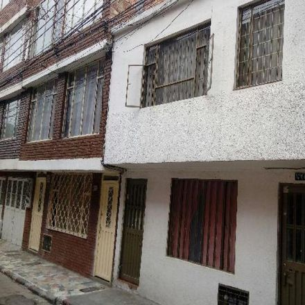 Rent this 5 bed apartment on Carrera 77C in Localidad Engativá, 111071 Bogota
