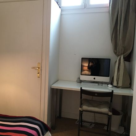 Rent this 5 bed room on 13 Rue Buot in 75013 Paris, France