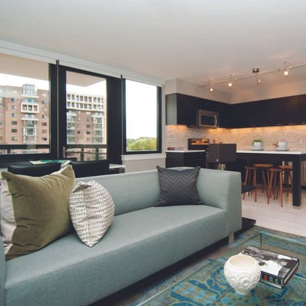 Rent this 1 bed apartment on Sedona in 17th Street North, Arlington