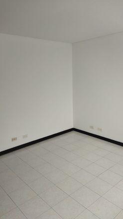 Rent this 3 bed apartment on Calle 6 Norte in Comuna 2, 760044 Perímetro Urbano Santiago de Cali