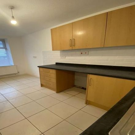 Rent this 2 bed house on East Road in Tylorstown, CF43 3DA