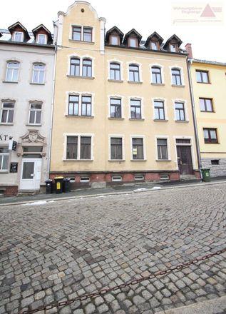 Rent this 4 bed apartment on Landratsamt Erzgebirgskreis in Wettinerstraße 61, 08280 Aue-Bad Schlema