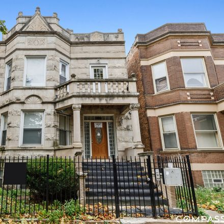 Rent this 3 bed condo on 6130 South Rhodes Avenue in Chicago, IL 60637