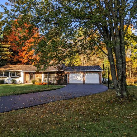 Rent this 5 bed house on Lake Ave in Averill Park, NY