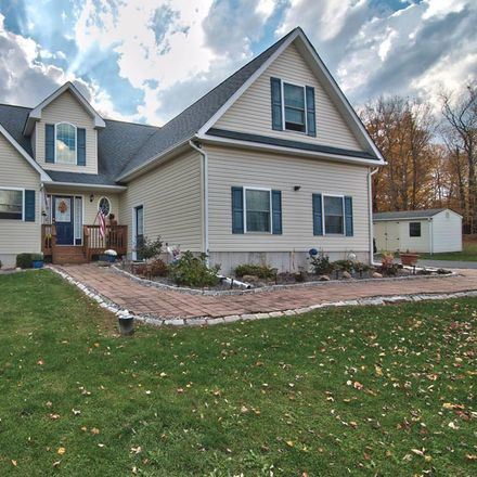 Rent this 4 bed house on Meadowlark Dr in Moscow, PA