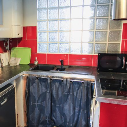 Rent this 1 bed apartment on Boulevard Stalingrad in 06300 Nice, France