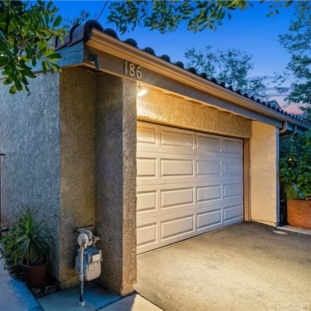 Rent this 3 bed townhouse on 11611 Tampa Avenue in Los Angeles, CA 91326