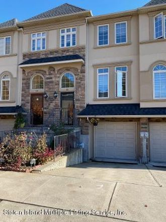 Rent this 3 bed townhouse on 116 Sweetgum Lane in New York, NY 10314-3903
