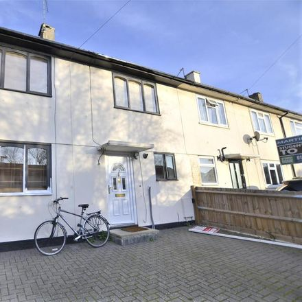 Rent this 5 bed house on Massey Close in Oxford OX3 7NE, United Kingdom